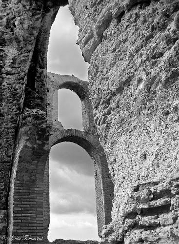 cielo dalle rovine